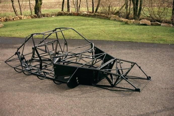 chevron_chassis1.jpg